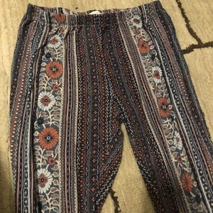 Patrons of Peace stretchy pants size L